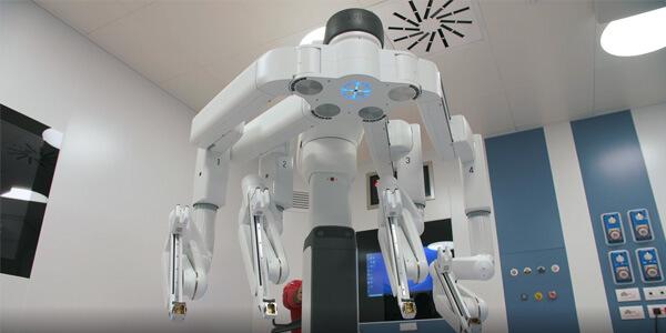 robot da vinci xi system